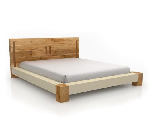Διπλό κρεβάτι με μασίφ κεφαλάρι και πόδια
